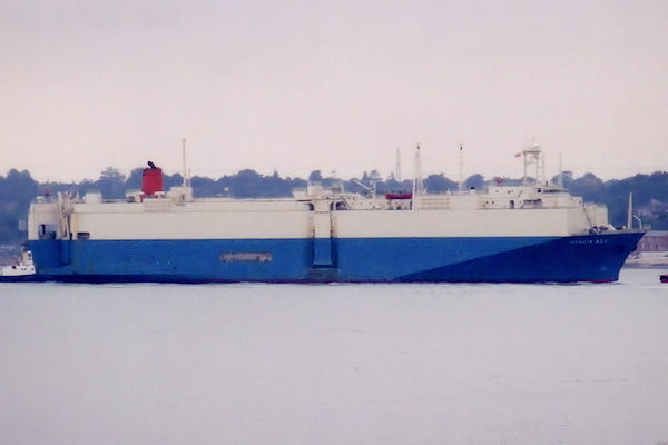 Acacia Ace pictured arriving in Southampton on 24th September 2001