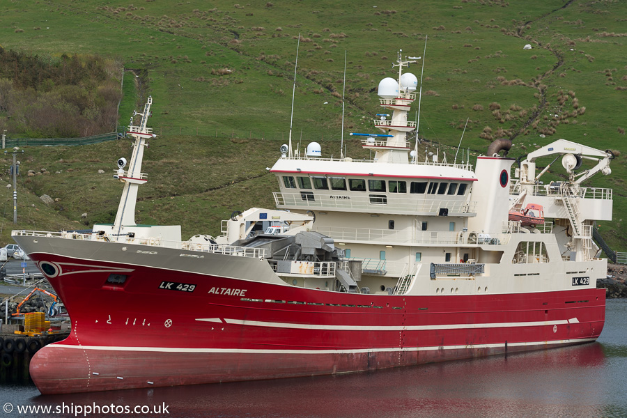 Altaire pictured at Collafirth Pier on 19th May 2015