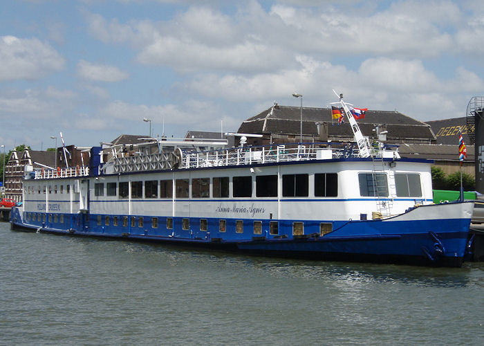 Anna Maria Agnes pictured at Vlaardingen on 21st June 2010