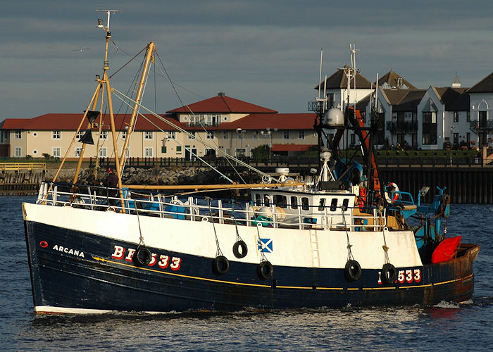 Arcana pictured arriving at North Shields on 25th September 2009