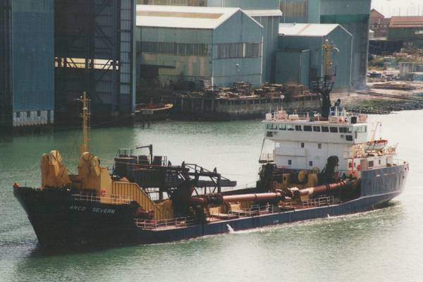 Arco Severn pictured arriving in Southampton on 19th March 1998