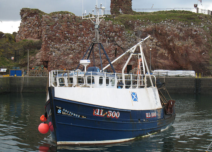 Arcturus pictured arriving at Dunbar on 21st March 2010