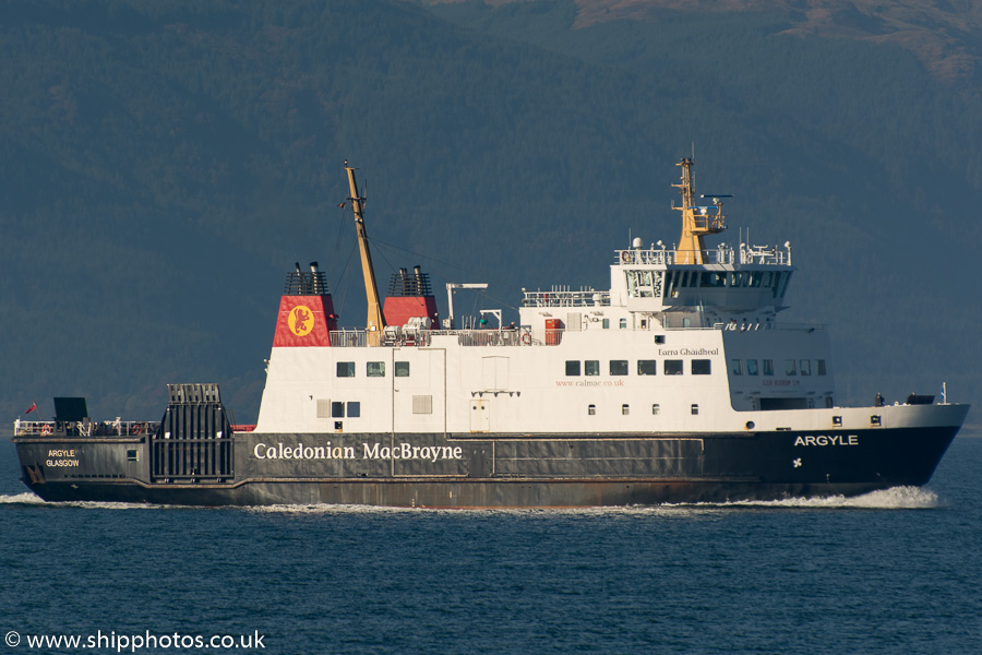 Argyle pictured approaching Gourock on 17th October 2015