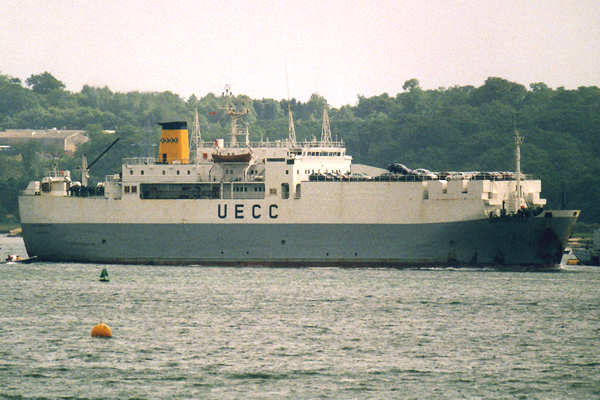 Autoroute pictured arriving in Southampton on 11th June 2000