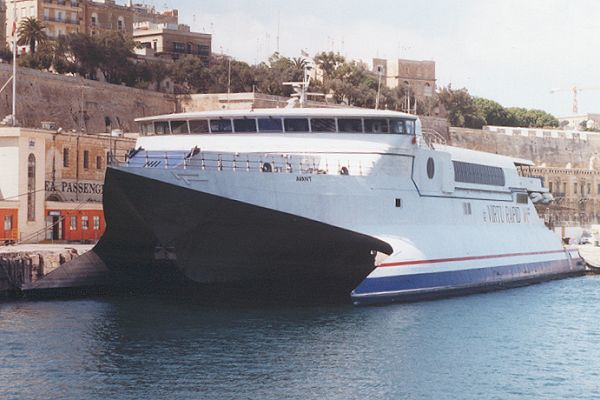 Avant pictured in Valletta in July 1999