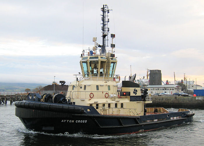 Ayton Cross pictured departing James Watt Dock, Greenock on 22nd November 2010
