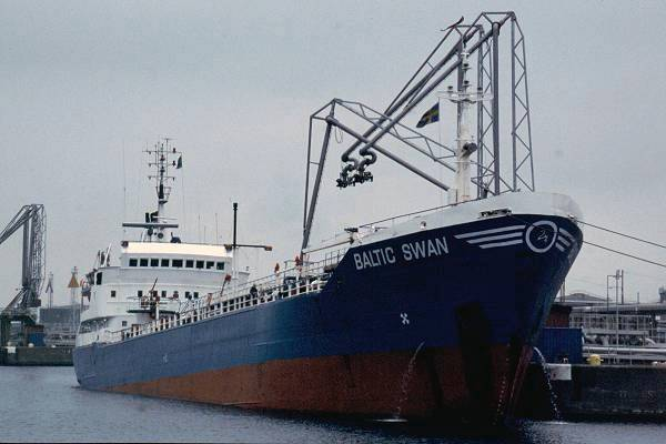Baltic Swan pictured in Malmo on 28th May 2001