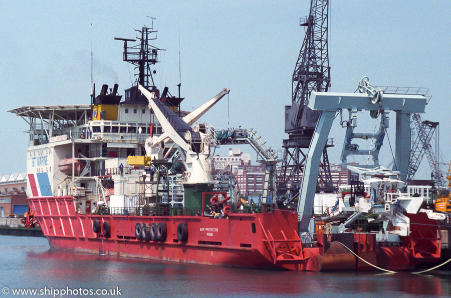 Bar Protector pictured at Southampton on 27th May 1989