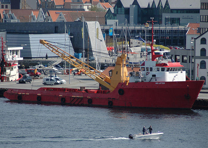 BB Lifter pictured in Stavanger on 4th May 2008