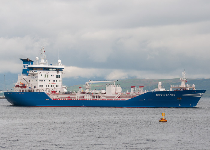 Bit Oktania pictured passing Greenock on 12th May 2014