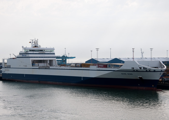 Bore Song pictured at Zeebrugge on 19th July 2014