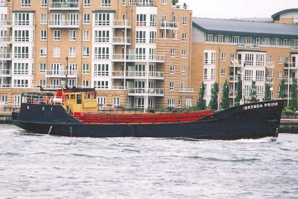 Brenda Prior pictured passing Greenwich on 19th July 2001