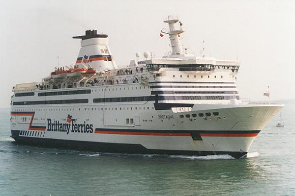 Bretagne pictured arriving in Portsmouth on 6th May 1995