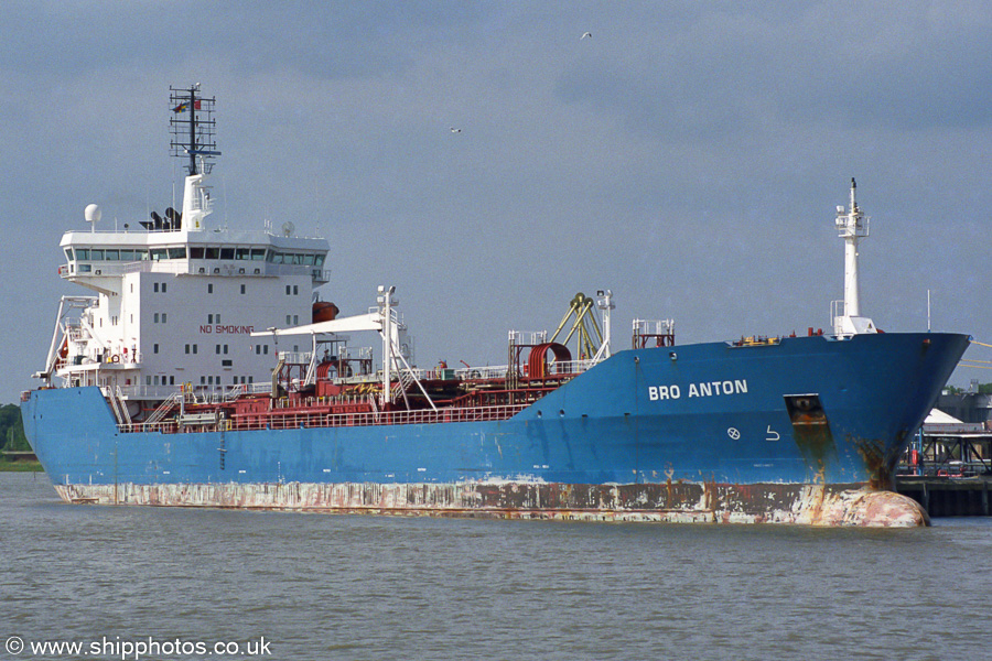 Bro Anton pictured at Purfleet on 16th August 2003