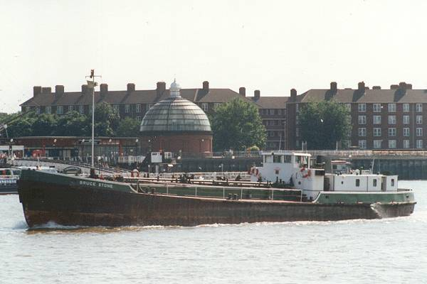 Bruce Stone pictured passing Greenwich on 9th August 1995