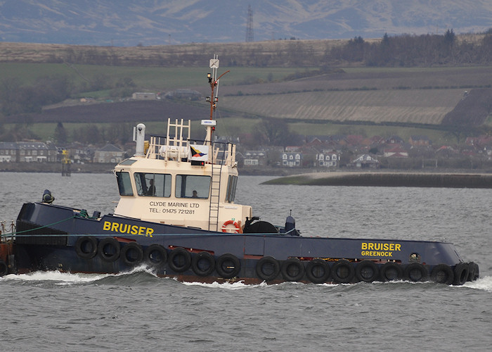 Bruiser pictured passing Greenock on 6th April 2012