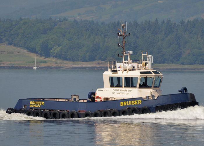 Bruiser pictured approaching Greenock on 20th July 2013