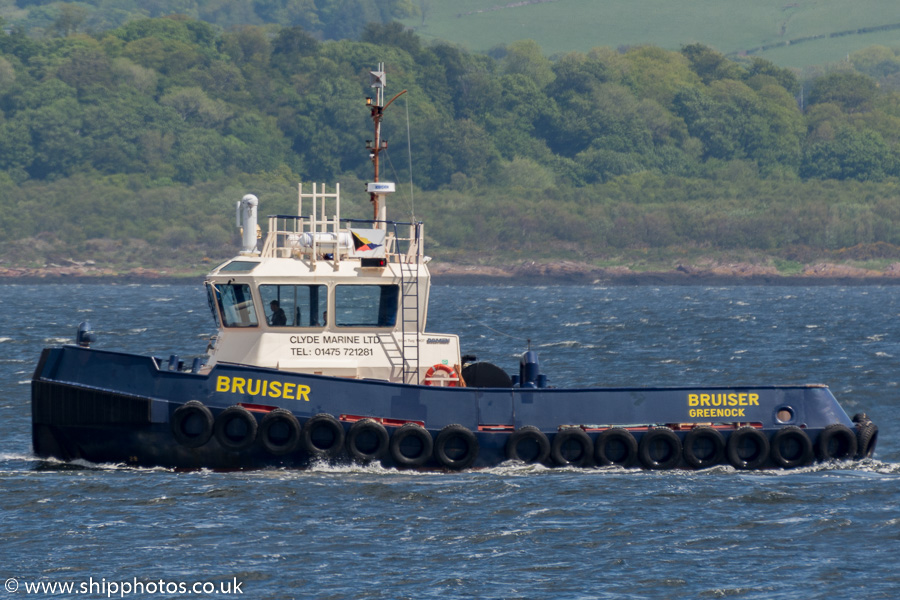 Bruiser pictured passing Greenock on 7th June 2015