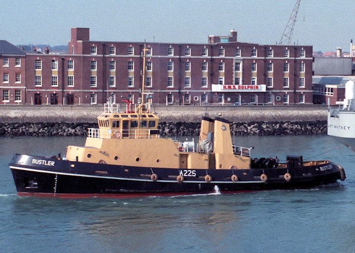 Bustler pictured at the entrance to Portsmouth Harbour on 2nd October 1988