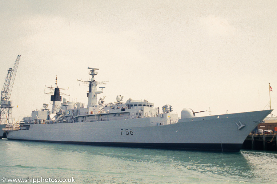Campbeltown pictured in Portsmouth Naval Base on 11th June 1989