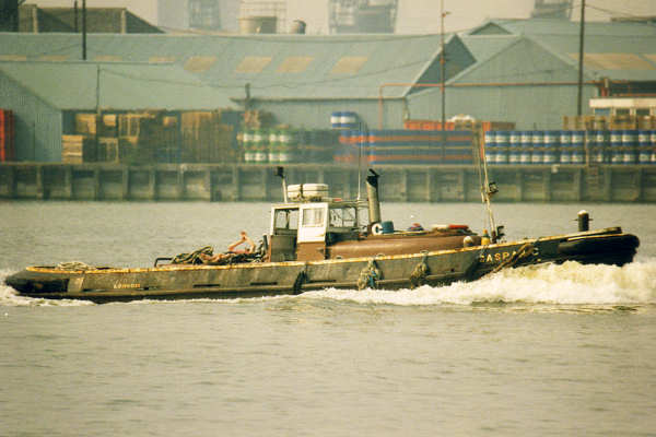 Caspar C pictured passing Woolwich on 13th May 1998