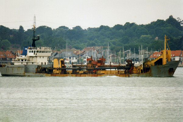 City of Rochester pictured arriving in Southampton on 13th June 1995