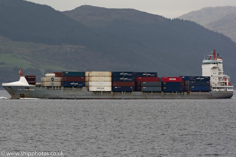 CMA CGM Goya pictured passing Gourock on 7th October 2016
