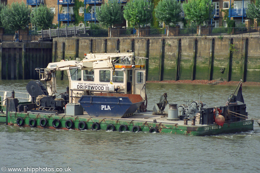 Driftwood III pictured at Greenwich on 3rd September 2002