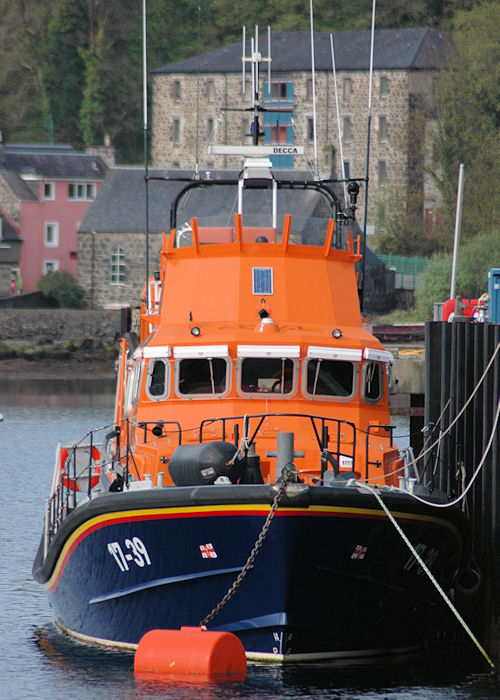 Elizabeth Fairlie Ramsey pictured at Tobermory on 25th April 2011