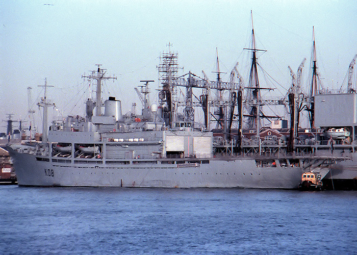 Engadine pictured in Portsmouth Naval Base on 21st December 1987