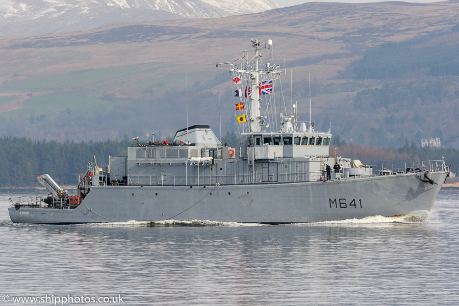 Eridan pictured passing Greenock on 24th March 2017