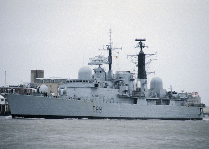 Exeter pictured arriving in Portsmouth Harbour on 17th November 1990