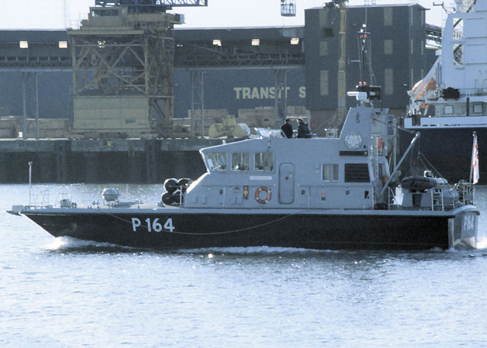 Explorer pictured on the River Tyne on 5th October 1997