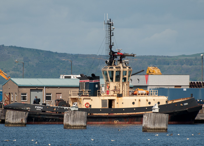 Fidra pictured at Leith on 2nd May 2014