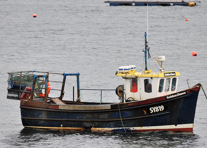 Golden Dawn pictured at Portree on 8th April 2012