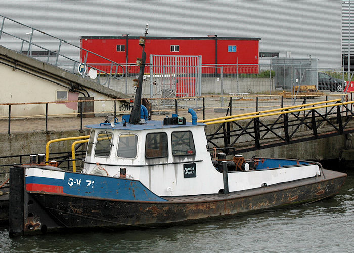 G-V 71 pictured in Wiltonhaven, Rotterdam on 20th June 2010