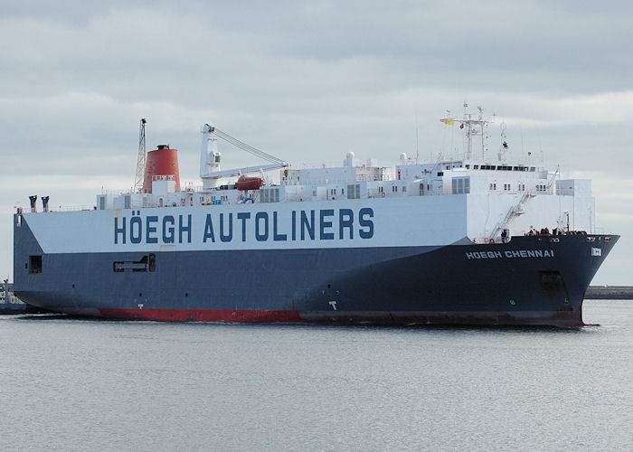 Hoegh Chennai pictured arriving in the River Tyne on 25th September 2009