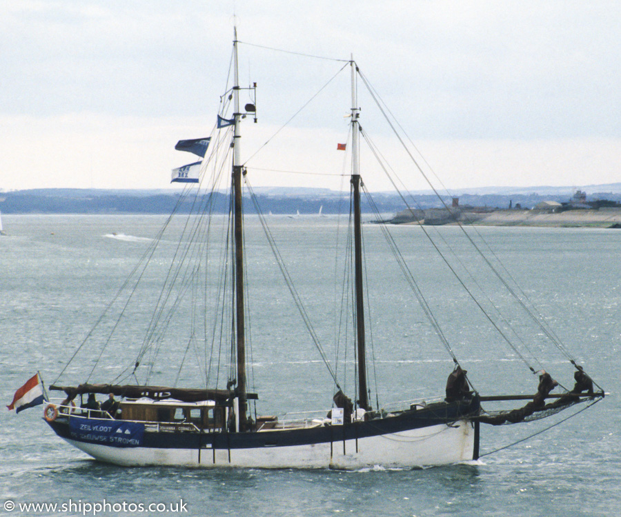 Johanna Cornelia pictured arriving in Portsmouth Harbour on 30th July 1989