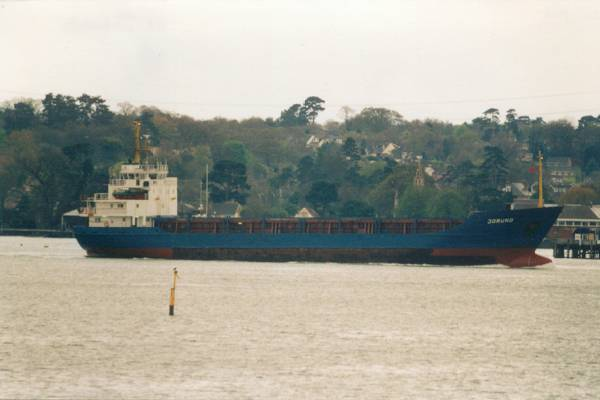 Jorund pictured arriving in Southampton on 11th April 2000