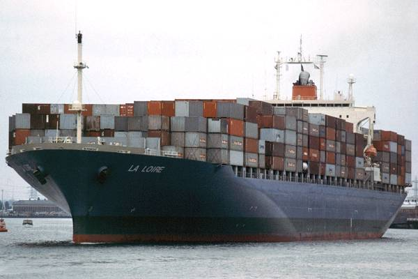 La Loire pictured departing Southampton on 4th July 1998