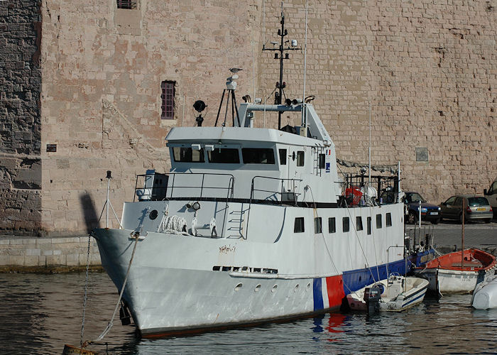 L'Archeonaute pictured at Marseille on 10th August 2008