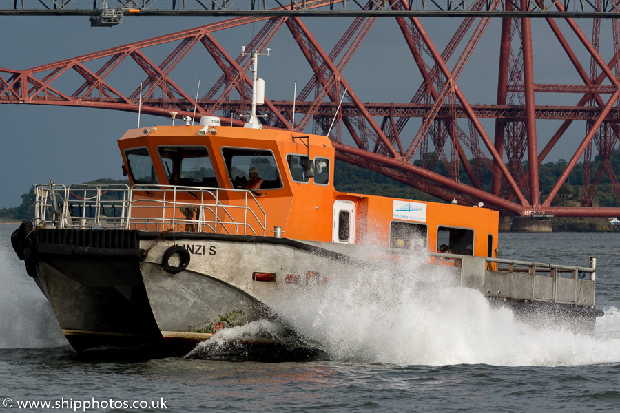 Linzi S pictured at Queensferry on 17th September 2015
