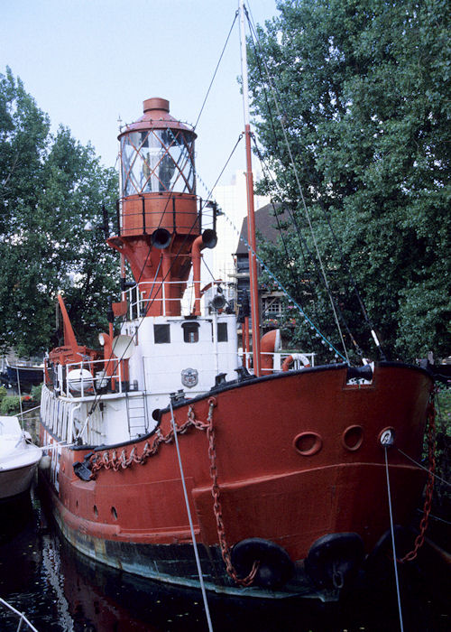 Light Vessel No. 86 pictured preserved in St. Katharine Docks, London on 29th July 1994