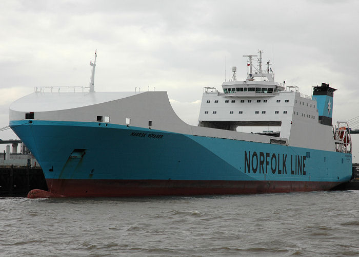 Maersk Voyager pictured at Purfleet on 10th August 2006