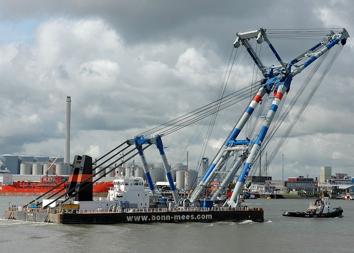 Matador 3 pictured under tow past Vlaardingen on 21st June 2010
