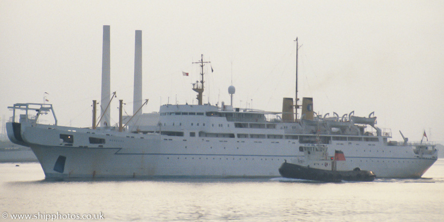 Mercury pictured departing Southampton on 8th July 1989