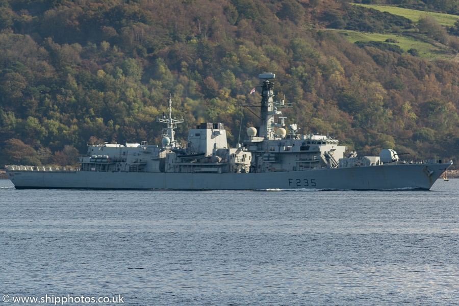Monmouth pictured passing Cloch on 10th October 2016