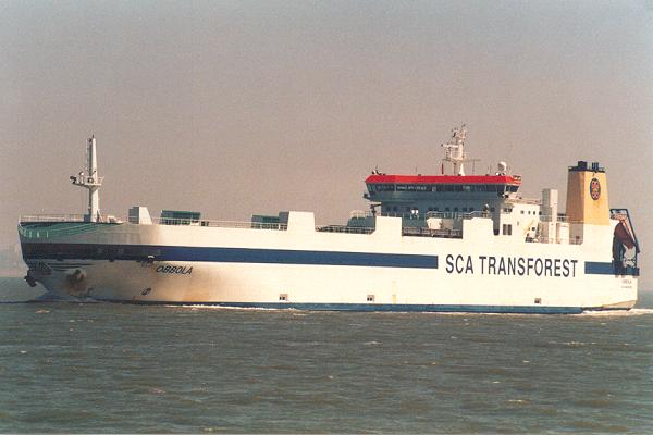 Obbola pictured on the River Thames on 12th May 2001