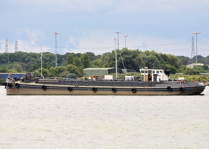 Onyx Mariner pictured at Southampton on 20th July 2012