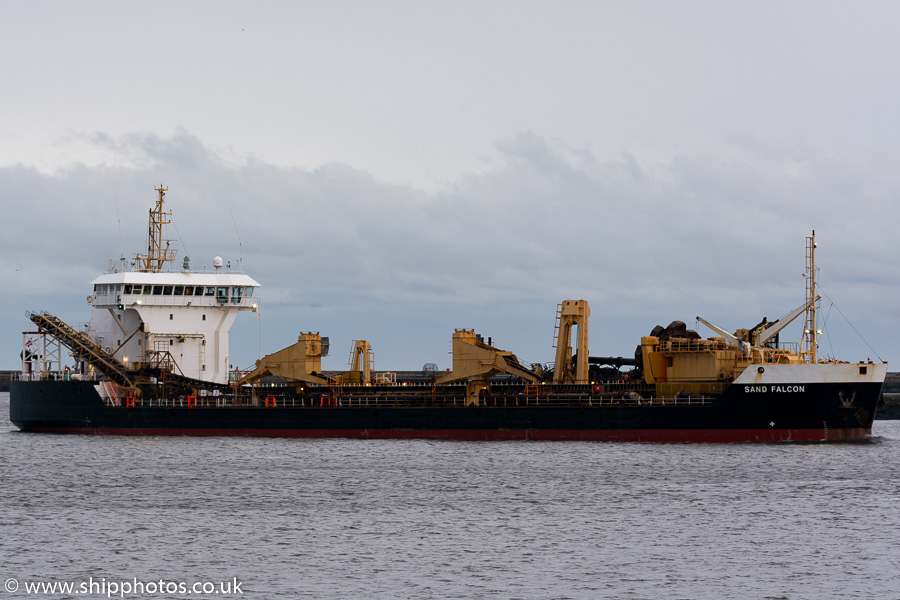 Sand Falcon pictured passing Tynemouth on 30th December 2015